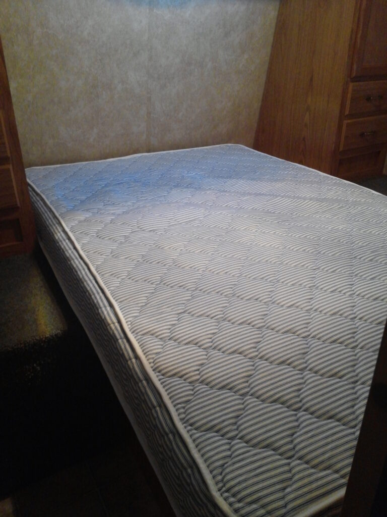 Best Lightweight RV Mattress: Innerspace Luxury Products RV Mattress Review
